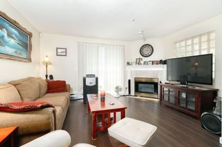 "Photo 3: 104 1655 GRANT Avenue in Port Coquitlam: Glenwood PQ Condo for sale in ""THE BENTON"" : MLS®# R2296374"
