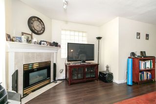 "Photo 5: 104 1655 GRANT Avenue in Port Coquitlam: Glenwood PQ Condo for sale in ""THE BENTON"" : MLS®# R2296374"