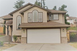 Photo 1: 8366 MELBURN Court in Mission: Mission BC House for sale : MLS®# R2297480