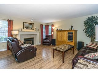 "Photo 3: 2 32165 7TH Avenue in Mission: Mission BC Townhouse for sale in ""Cherry Lane"" : MLS®# R2303587"