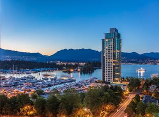 Photo 2: 1401 1277 MELVILLE Street in Vancouver: Coal Harbour Condo for sale (Vancouver West)  : MLS®# R2310570