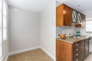 """Photo 3: 401 3637 W 17TH Avenue in Vancouver: Dunbar Townhouse for sale in """"HIGHBURY HOUSE"""" (Vancouver West)  : MLS®# R2311550"""