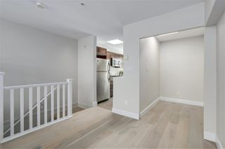 """Photo 8: 401 3637 W 17TH Avenue in Vancouver: Dunbar Townhouse for sale in """"HIGHBURY HOUSE"""" (Vancouver West)  : MLS®# R2311550"""