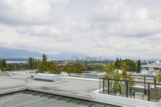 """Photo 18: 401 3637 W 17TH Avenue in Vancouver: Dunbar Townhouse for sale in """"HIGHBURY HOUSE"""" (Vancouver West)  : MLS®# R2311550"""