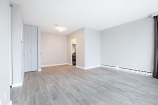 "Photo 4: 702 1219 HARWOOD Street in Vancouver: West End VW Condo for sale in ""CHELSEA"" (Vancouver West)  : MLS®# R2313439"
