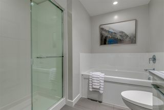 Photo 17: 2508 3093 WINDSOR Gate in Coquitlam: New Horizons Condo for sale : MLS®# R2318512