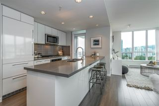 Photo 7: 2508 3093 WINDSOR Gate in Coquitlam: New Horizons Condo for sale : MLS®# R2318512