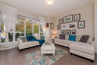 """Photo 4: 107 2135 HERITAGE PARK Lane in North Vancouver: Seymour NV Townhouse for sale in """"LODEN GREEN"""" : MLS®# R2319189"""