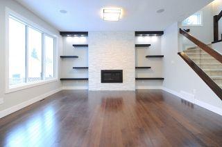 Photo 11: 9534 71 Avenue in Edmonton: Zone 17 House for sale : MLS®# E4144029