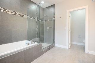 Photo 5: 9534 71 Avenue in Edmonton: Zone 17 House for sale : MLS®# E4144029