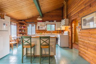 """Photo 4: 7934 SOUTHWOOD Road in Halfmoon Bay: Halfmn Bay Secret Cv Redroofs House for sale in """"Welcome Woods"""" (Sunshine Coast)  : MLS®# R2349359"""