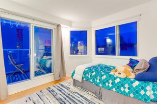 "Photo 14: 313 789 W 16TH Avenue in Vancouver: Fairview VW Condo for sale in ""SIXTEEN WILLOWS"" (Vancouver West)  : MLS®# R2354520"