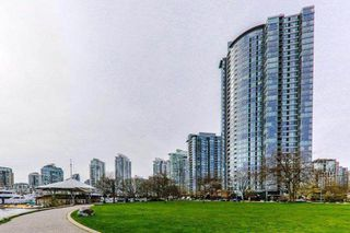 """Photo 10: 502 1033 MARINASIDE Crescent in Vancouver: Yaletown Condo for sale in """"QUAY WEST"""" (Vancouver West)  : MLS®# R2365826"""