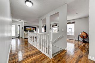 Photo 2: 63 WAKINA Drive in Edmonton: Zone 22 House for sale : MLS®# E4155549