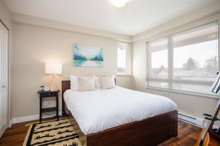 "Photo 9: 302 2008 BAYSWATER Street in Vancouver: Kitsilano Condo for sale in ""BLACK SWAN"" (Vancouver West)  : MLS®# R2367794"