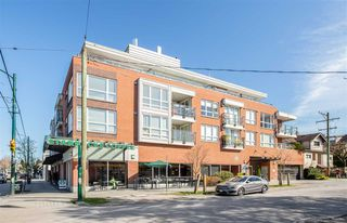 """Main Photo: 302 2008 BAYSWATER Street in Vancouver: Kitsilano Condo for sale in """"BLACK SWAN"""" (Vancouver West)  : MLS®# R2367794"""