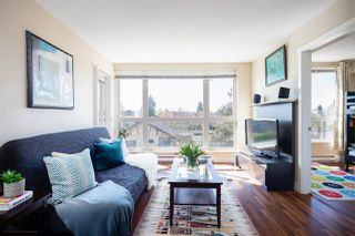"Photo 5: 302 2008 BAYSWATER Street in Vancouver: Kitsilano Condo for sale in ""BLACK SWAN"" (Vancouver West)  : MLS®# R2367794"