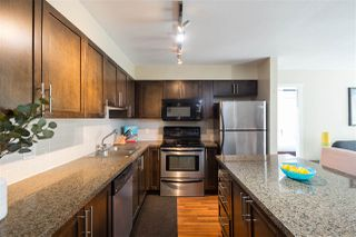 "Photo 1: 302 2008 BAYSWATER Street in Vancouver: Kitsilano Condo for sale in ""BLACK SWAN"" (Vancouver West)  : MLS®# R2367794"