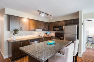 "Photo 4: 302 2008 BAYSWATER Street in Vancouver: Kitsilano Condo for sale in ""BLACK SWAN"" (Vancouver West)  : MLS®# R2367794"