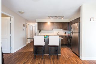 "Photo 3: 302 2008 BAYSWATER Street in Vancouver: Kitsilano Condo for sale in ""BLACK SWAN"" (Vancouver West)  : MLS®# R2367794"