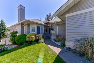 """Main Photo: 13 16888 80 Avenue in Surrey: Fleetwood Tynehead Townhouse for sale in """"Stonecroft"""" : MLS®# R2368203"""