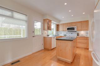 Photo 6: 650 FORESS Drive in Port Moody: Glenayre House for sale : MLS®# R2368530