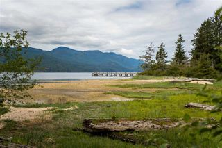 Photo 15: 5775 NAYLOR Road in Sechelt: Sechelt District House for sale (Sunshine Coast)  : MLS®# R2376524
