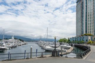 Photo 20: 208 588 BROUGHTON Street in Vancouver: Coal Harbour Condo for sale (Vancouver West)  : MLS®# R2392372