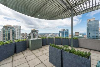 Photo 13: 208 588 BROUGHTON Street in Vancouver: Coal Harbour Condo for sale (Vancouver West)  : MLS®# R2392372