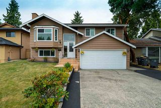 """Photo 2: 13253 66B Avenue in Surrey: West Newton House for sale in """"West Newton"""" : MLS®# R2394126"""
