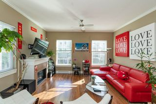 Photo 2: 18 9651 ALBERTA Road in Richmond: McLennan North Townhouse for sale : MLS®# R2408729
