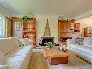 Photo 3: 510 Richmond Avenue in VICTORIA: Vi Fairfield East Single Family Detached for sale (Victoria)  : MLS®# 417112