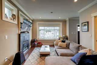 Photo 2: 919 CLIFF AVENUE in Burnaby: Sperling-Duthie House 1/2 Duplex for sale (Burnaby North)  : MLS®# R2428670