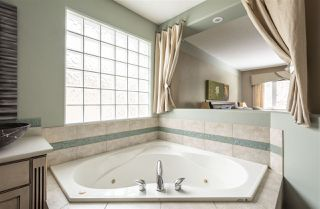 Photo 28: 1633 HECTOR Road in Edmonton: Zone 14 House for sale : MLS®# E4198254