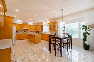 Photo 10: 5746 145A Street in Surrey: Sullivan Station House for sale : MLS®# R2465036