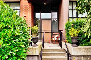 Main Photo: TH6 2349 SCOTIA STREET in Vancouver: Mount Pleasant VE Townhouse for sale (Vancouver East)  : MLS®# R2473328