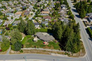 Photo 32: 5601 NICKERSON Road in Sechelt: Sechelt District House for sale (Sunshine Coast)  : MLS®# R2480858