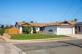 Photo 1: CLAIREMONT House for sale : 3 bedrooms : 3502 Accomac Ave in San Diego