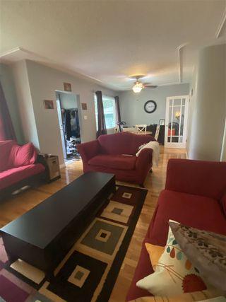 Photo 3: 9808 89 Avenue in Edmonton: Zone 15 House for sale : MLS®# E4211380