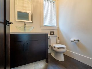 "Photo 13: 12658 15A Avenue in Surrey: Crescent Bch Ocean Pk. House for sale in ""CRESCENT BEACH  - OCEAN PARK"" (South Surrey White Rock)  : MLS®# R2506890"