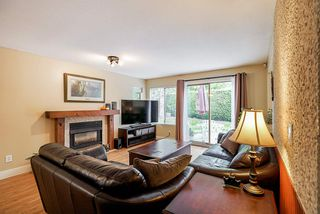 """Photo 10: 47 15840 84 Avenue in Surrey: Fleetwood Tynehead Townhouse for sale in """"Fleetwood Gables"""" : MLS®# R2505704"""