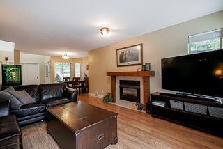 """Photo 12: 47 15840 84 Avenue in Surrey: Fleetwood Tynehead Townhouse for sale in """"Fleetwood Gables"""" : MLS®# R2505704"""