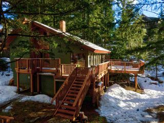"""Photo 38: 8361 VALLEY Drive in Whistler: Alpine Meadows House for sale in """"Alpine Meadows"""" : MLS®# R2522011"""