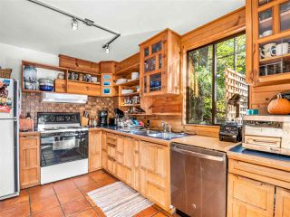 """Photo 3: 8361 VALLEY Drive in Whistler: Alpine Meadows House for sale in """"Alpine Meadows"""" : MLS®# R2522011"""