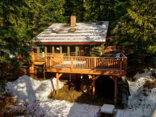 """Photo 34: 8361 VALLEY Drive in Whistler: Alpine Meadows House for sale in """"Alpine Meadows"""" : MLS®# R2522011"""