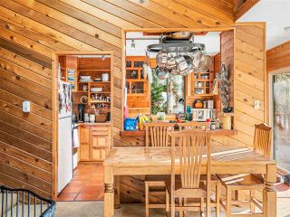 """Photo 8: 8361 VALLEY Drive in Whistler: Alpine Meadows House for sale in """"Alpine Meadows"""" : MLS®# R2522011"""