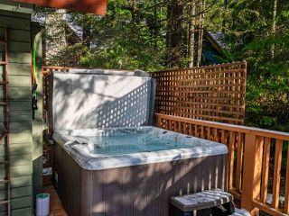 """Photo 21: 8361 VALLEY Drive in Whistler: Alpine Meadows House for sale in """"Alpine Meadows"""" : MLS®# R2522011"""