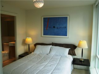 "Photo 5: 901 565 SMITHE Street in Vancouver: Downtown VW Condo for sale in ""VITA"" (Vancouver West)  : MLS®# V878275"