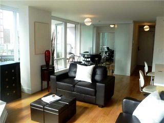 "Photo 4: 901 565 SMITHE Street in Vancouver: Downtown VW Condo for sale in ""VITA"" (Vancouver West)  : MLS®# V878275"