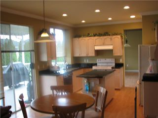 Photo 3: 3174 SKEENA Street in Port Coquitlam: Riverwood House for sale : MLS®# V851265